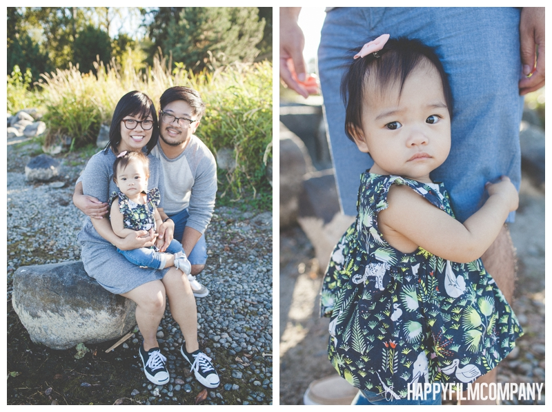 family photos on the beach - Seattle Family Videography - Sandpoint Family Photography - the Happy Film Company