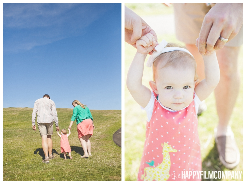 kite hill gasworks park family pictures  - Seattle Family photo shoot - the happy film company