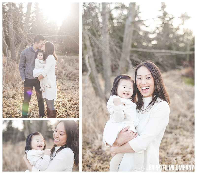 sunset portraits frosty golden hour  - the Happy Film Company - Winter Family Portraits Seattle