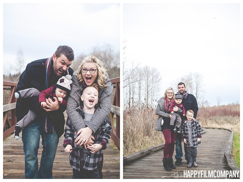 fun family pictures  - Playful Seattle Family Photos - the Happy Film Company outdoors