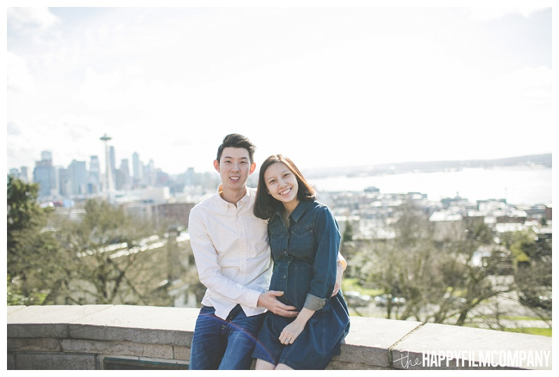 kerry park city skyline space needle - the Happy Film Company - Seattle Maternity Photography