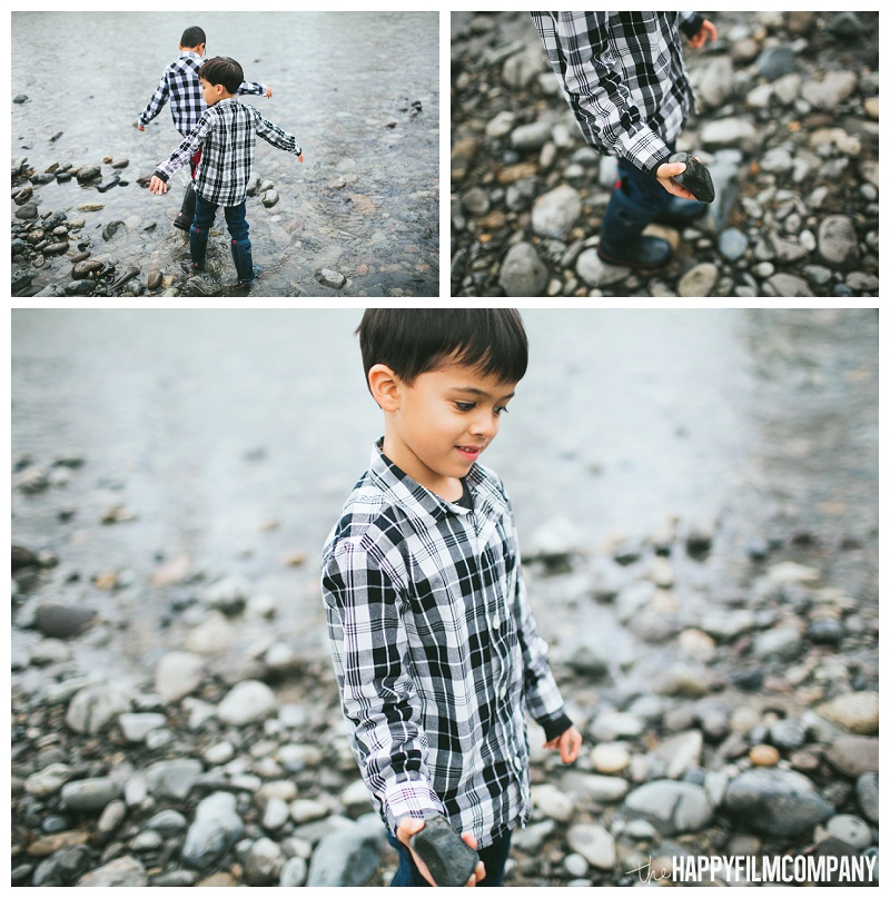 boys throwing rocks into river Tolt  - the Happy Film Company - Seattle Family Photos