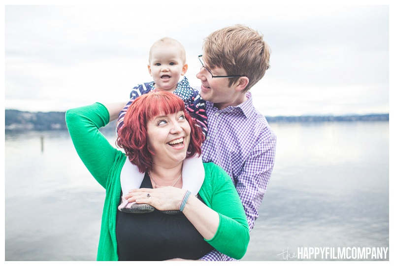 matthews beach family portraits baby sitting on shoulders water  - the Happy Film Company - Seattle PEPS Group Photo Shoot