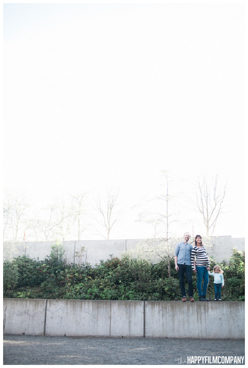 Outdoor family photo - the Happy Film Company - Seattle Family Photography