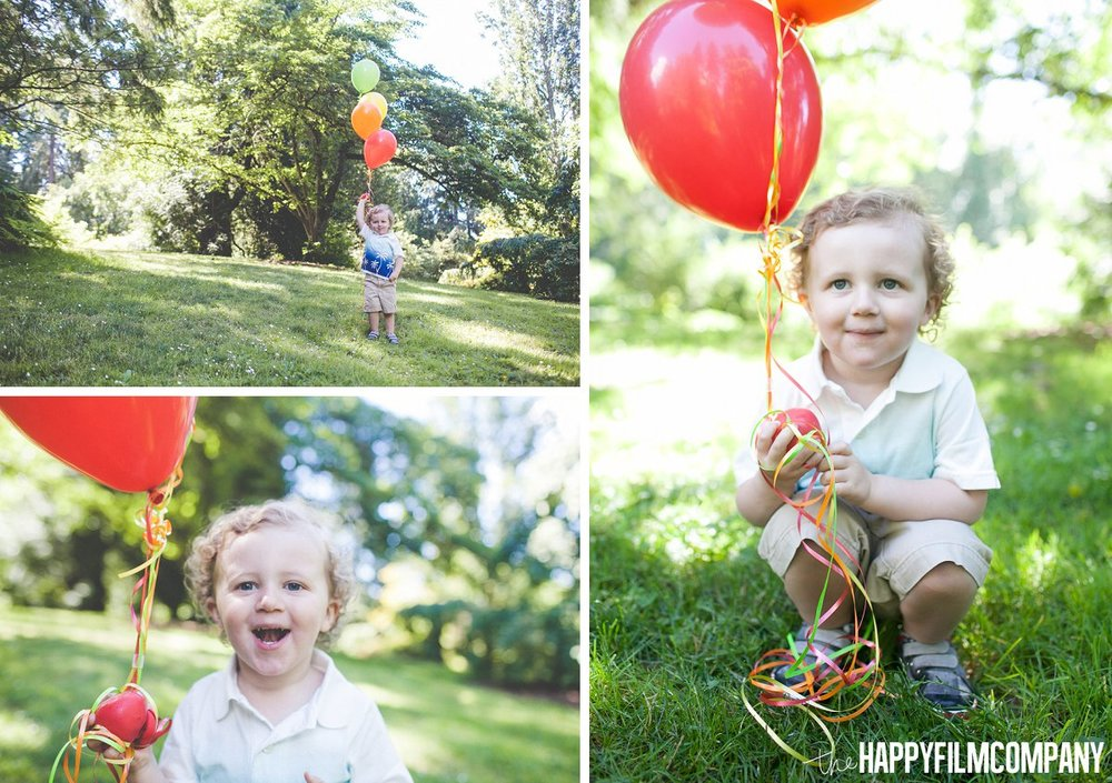 little boy with red ballon -  the Happy Film Company - Seattle Family Photos