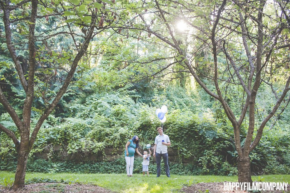 Seattle Maternity Announcement photoshoot - the Happy Film Company - Seattle Family Photos