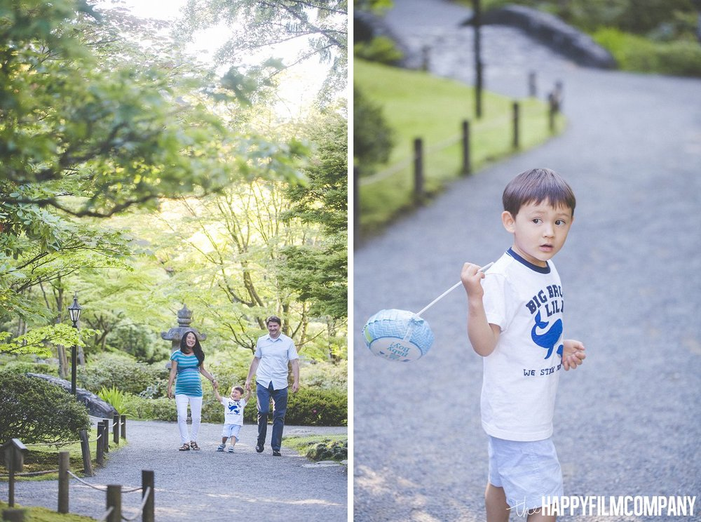 Seattle Maternity Photos in Japanese garden - the Happy Film Company - Seattle Family Photos