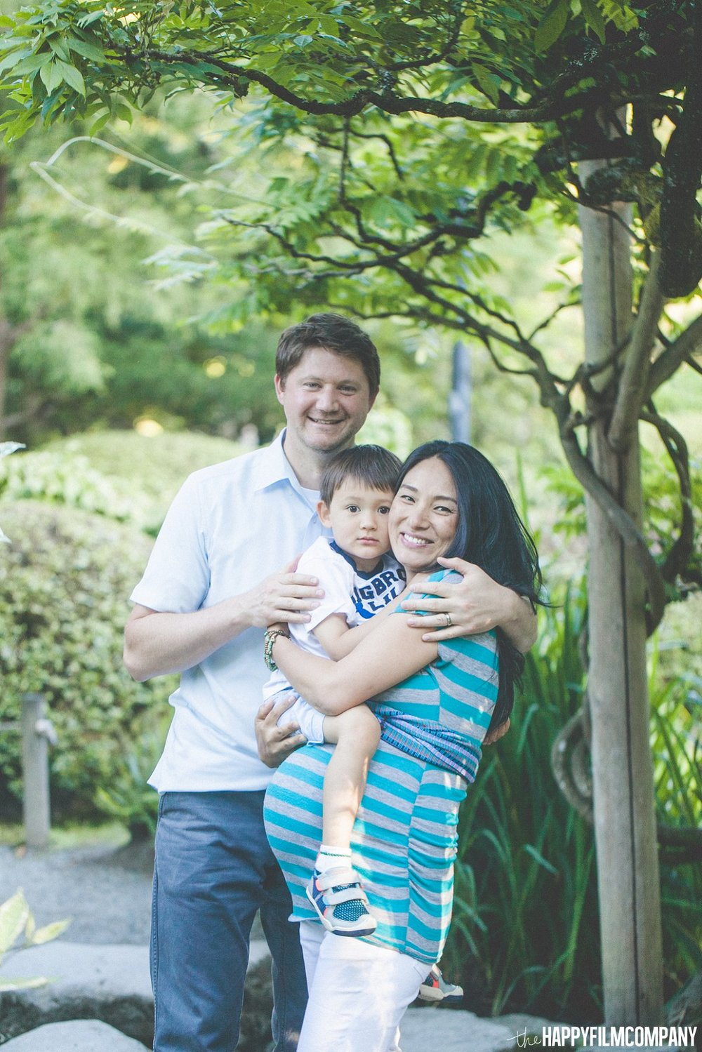 Seattle Maternity Announcement - the Happy Film Company - Seattle Family Photos