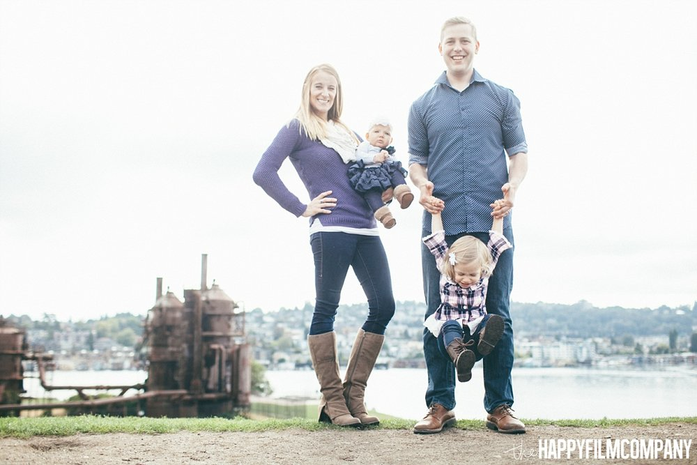 Seattle Family photos at the Gaswork Park - the Happy Film Company - Seattle Family Photos