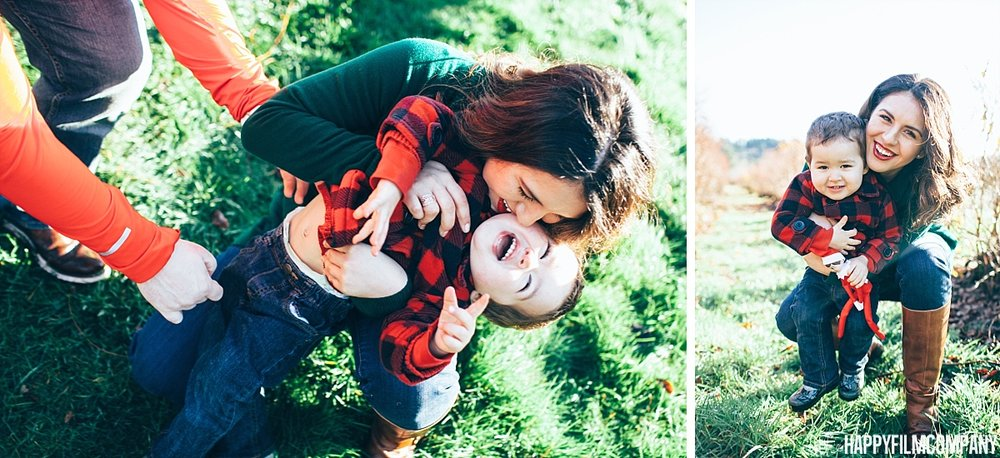 Morning giggles at the Mercer Slough Blueberry Farm - - the Happy Film Company - Seattle family Photos