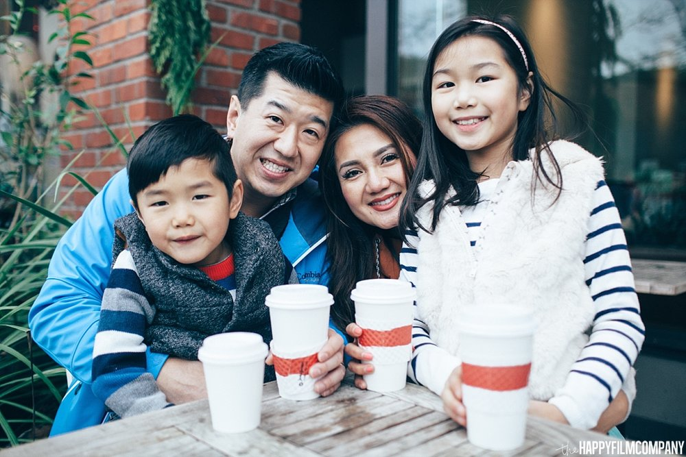 Family photos at the coffee shop - - the Happy Film Company - Seattle Family Photos