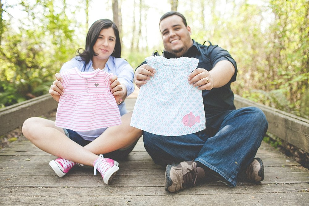 the Happy Film Company -  Seattle family photography - Maternity shoot with little girl's dress