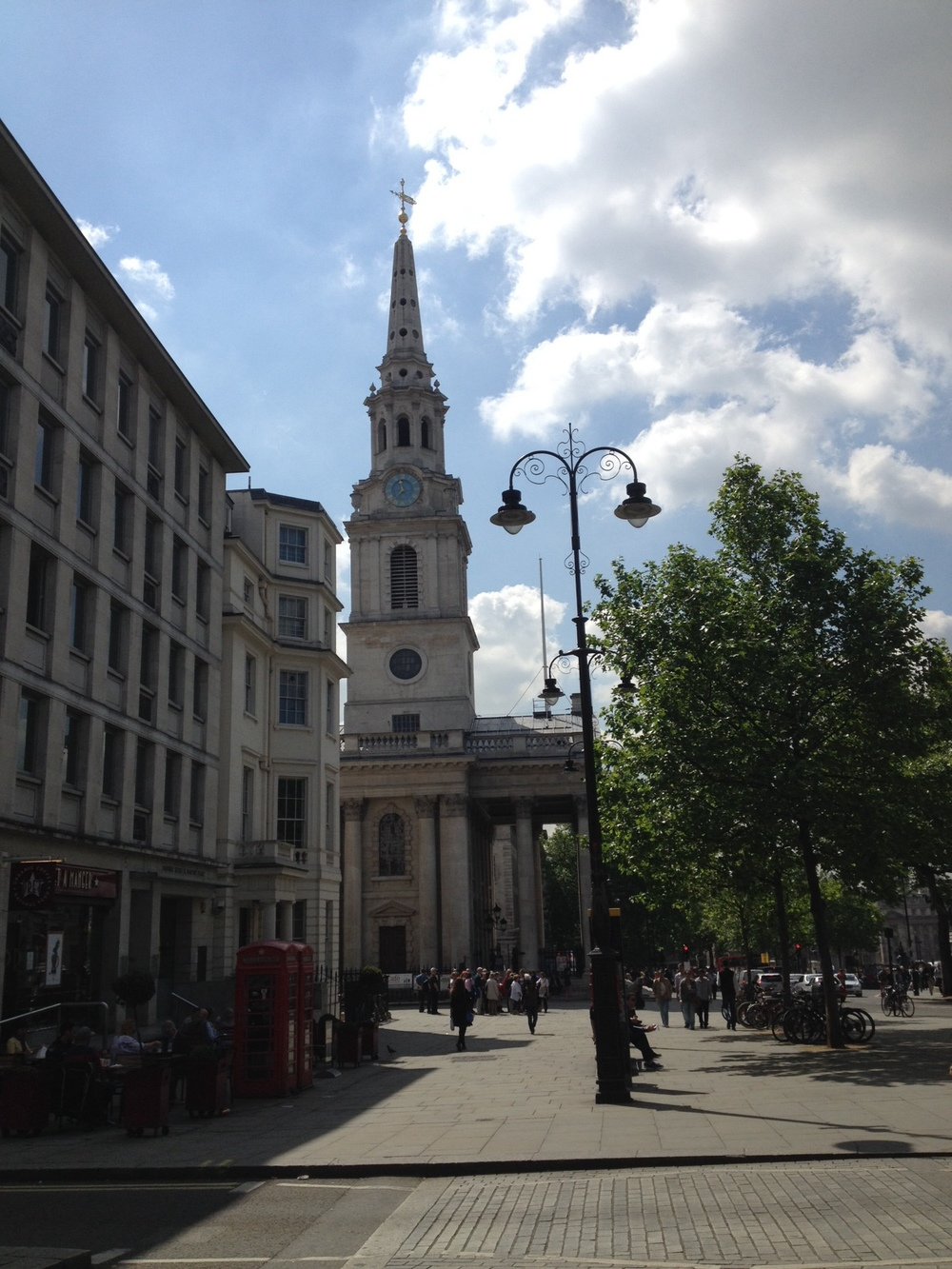 Street View of the historic St. Martin-in-the-Fields Church