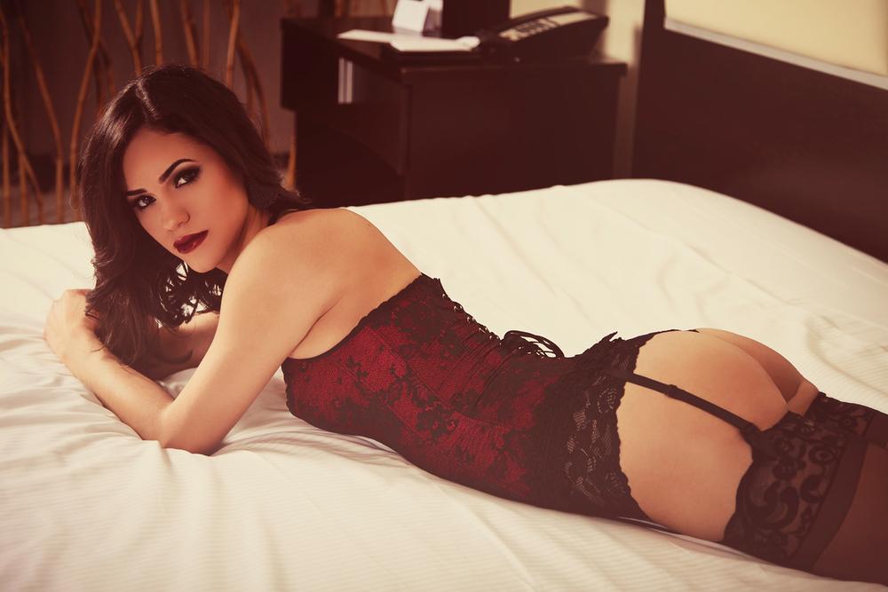 Evie Lynn_Boudoir-053.jpg