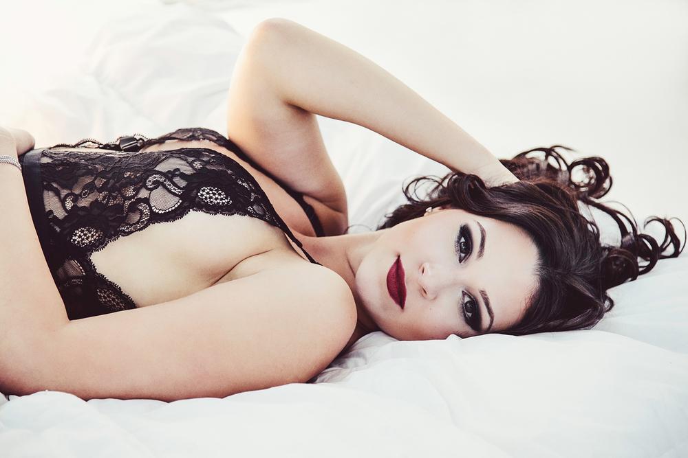 Evie Lynn_Boudoir-058.jpg