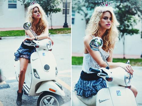Evie+Lynn_Lifestyle-020.jpg