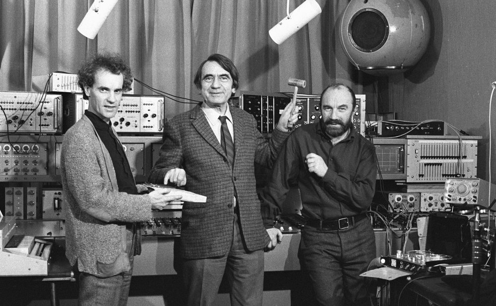 François Bayle, Pierre Schaeffer and Bernard Parmegiani at GRM in 1972