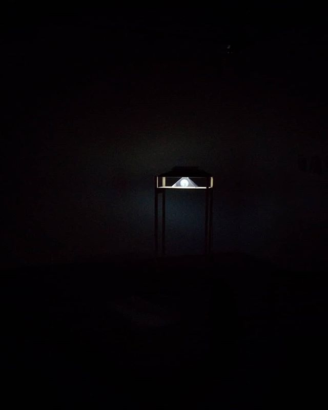 First install test of my lo-fi hologram for a new work. . . . . . . #lofi #diy #hologram #art #potd #vca #studio #wip #tech #melbourneartist