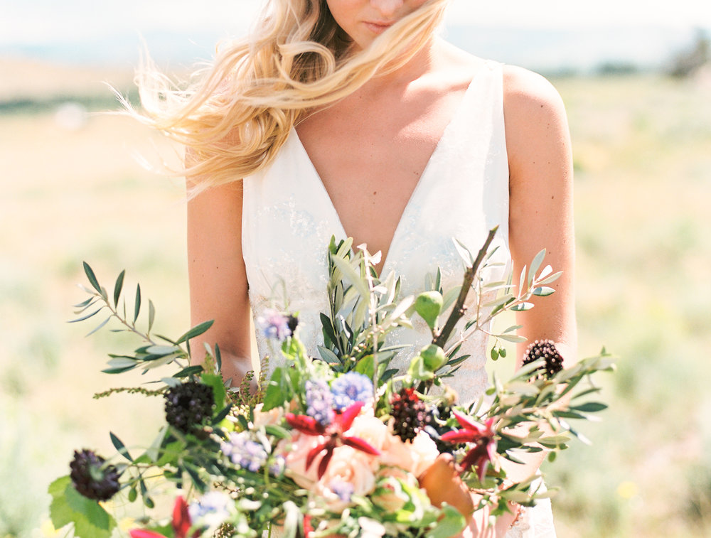 Brush Creek Ranch boho wedding look, Claire Pettibone dress, Lisa O'Dwyer Photography-21.jpg