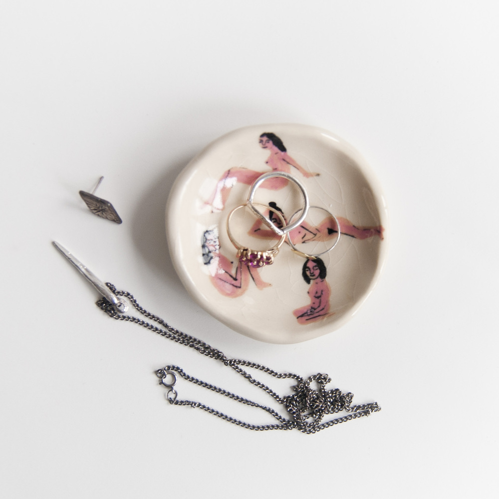 Naked Ladies Ring Dish No. 1 // Image via leahgoren.com