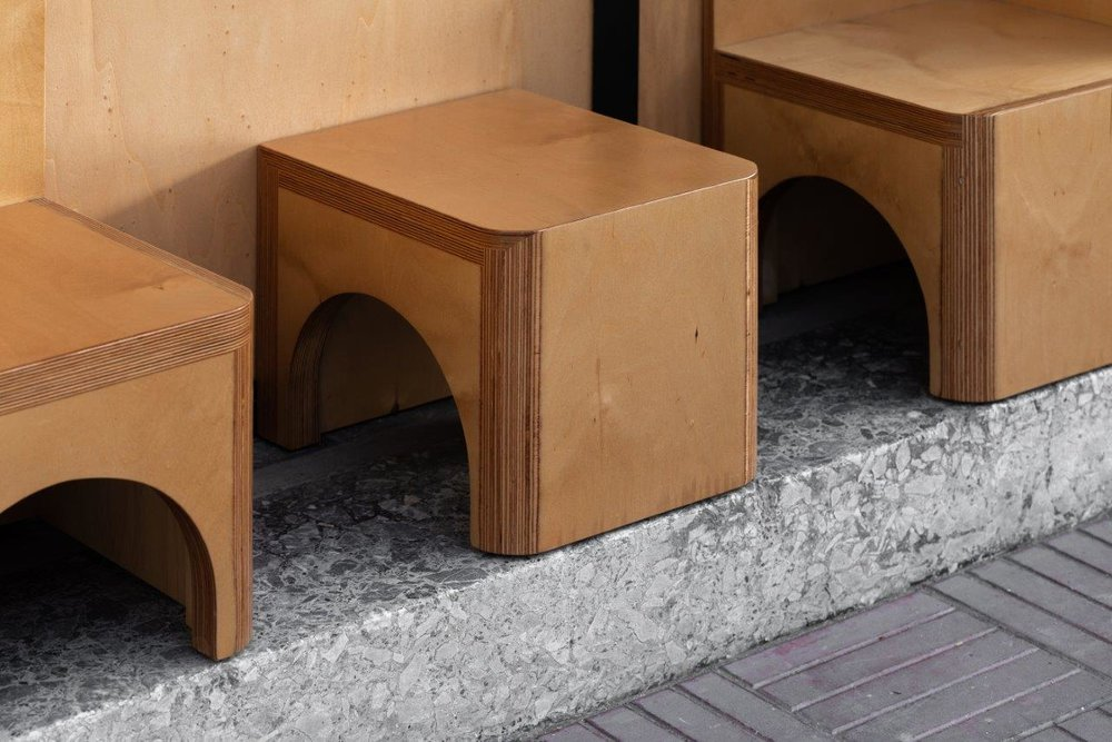 Exterior seating-area. Detail.