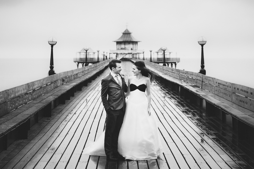 best-somerset-wedding-photographer-clevedon-pier-5.jpg