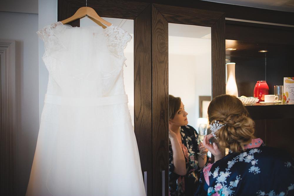 cardiff-university-wedding-photographer-12.jpg