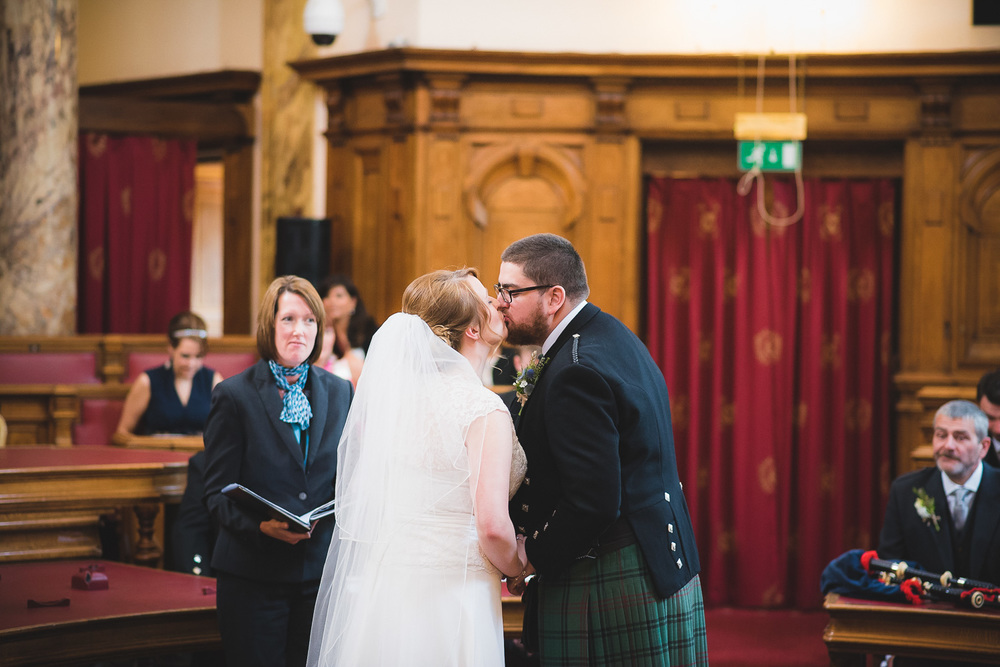 wedding-photographer-cardiff-university-9.jpg