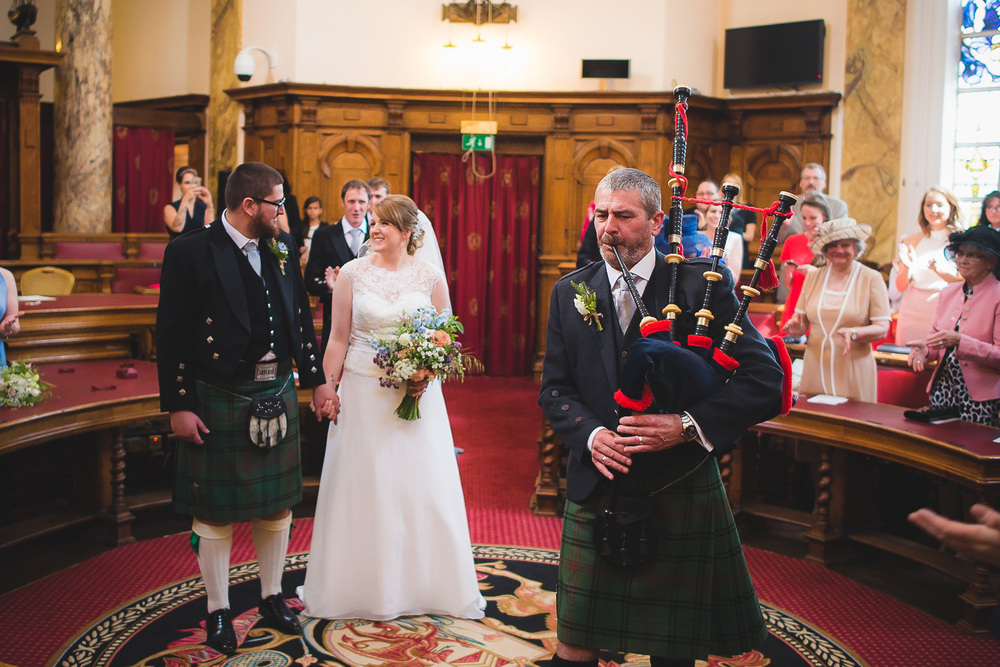 wedding-photographer-cardiff-university-11.jpg