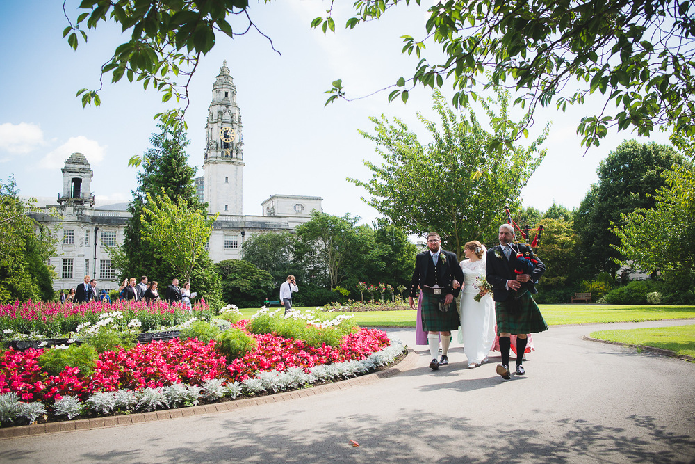 wedding-photographer-cardiff-university-17.jpg