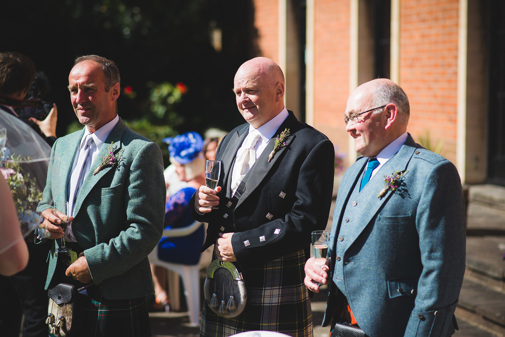 wedding-photographer-cardiff-university-28.jpg