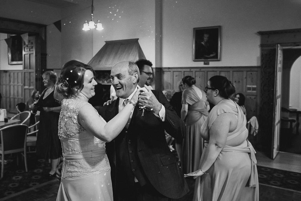wedding-photographer-cardiff-university-45.jpg