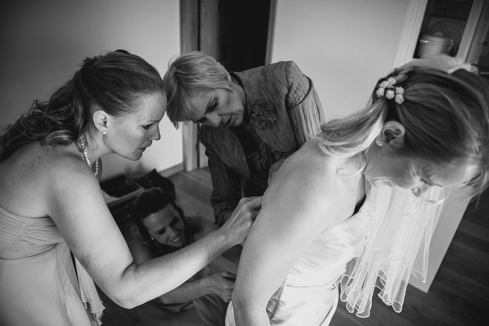 cornwall-wedding-photographer-9.jpg