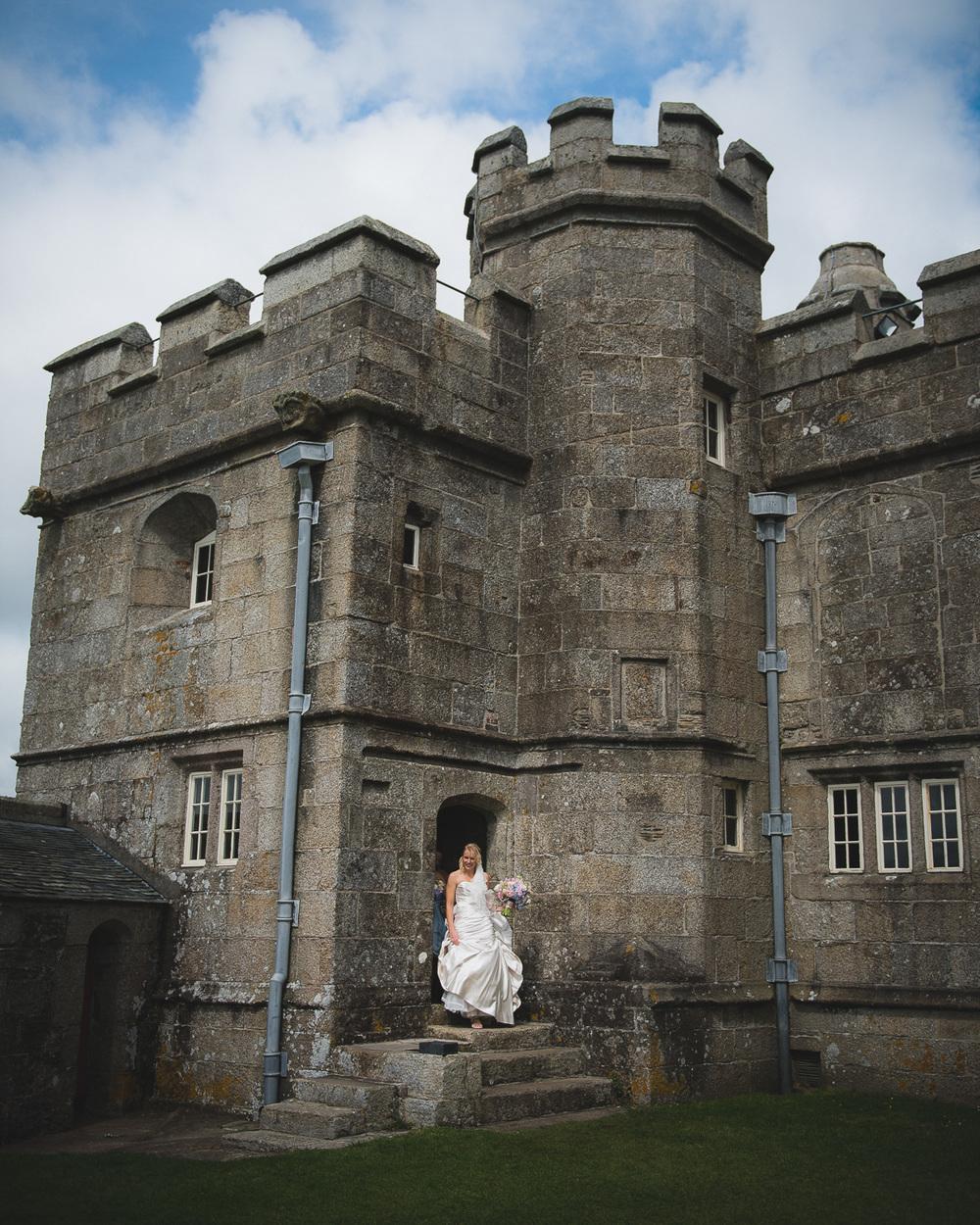 pendennis-castle-wedding-photographer-12.jpg