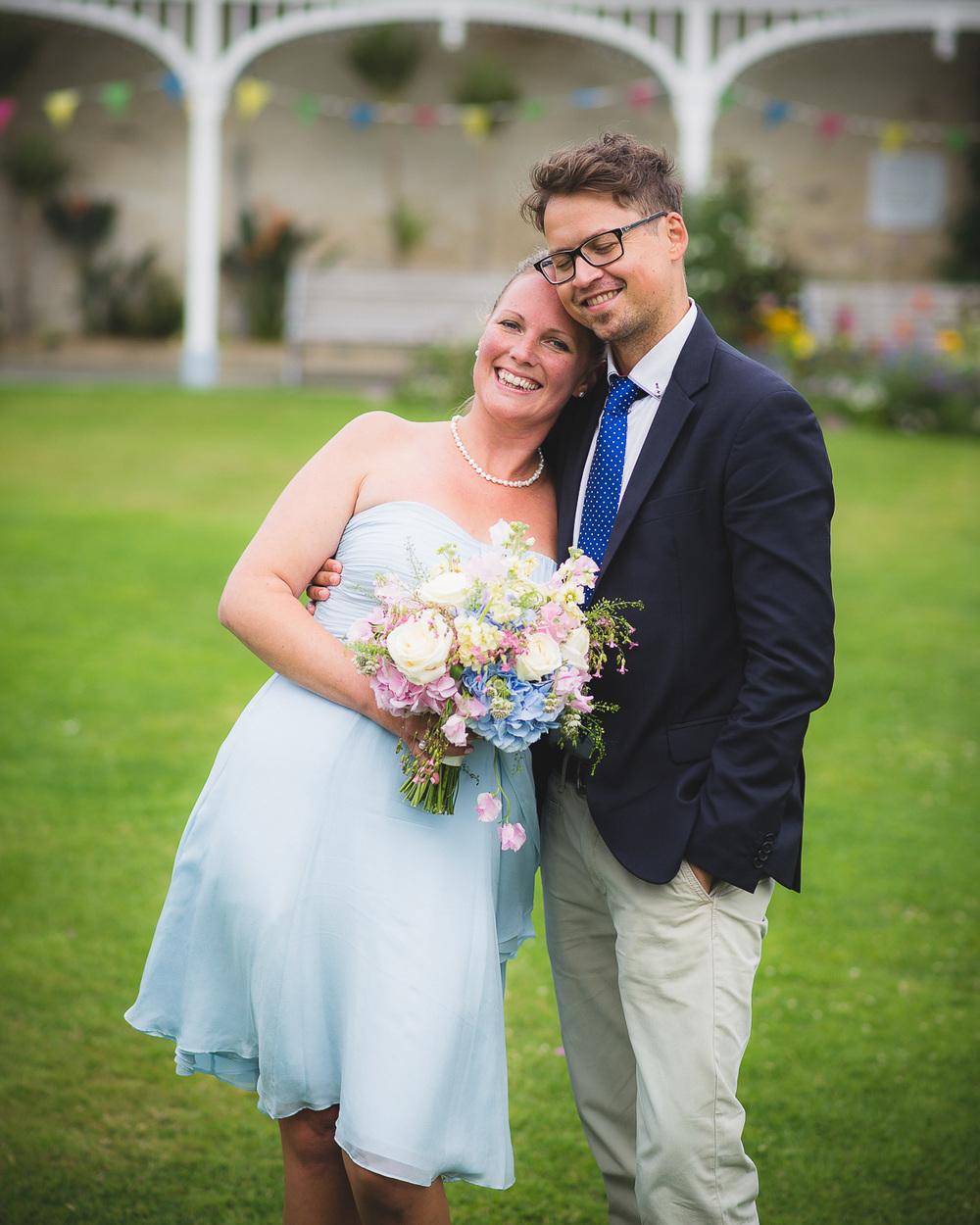 princess-pavilion-falmouth-wedding-photographer-8.jpg