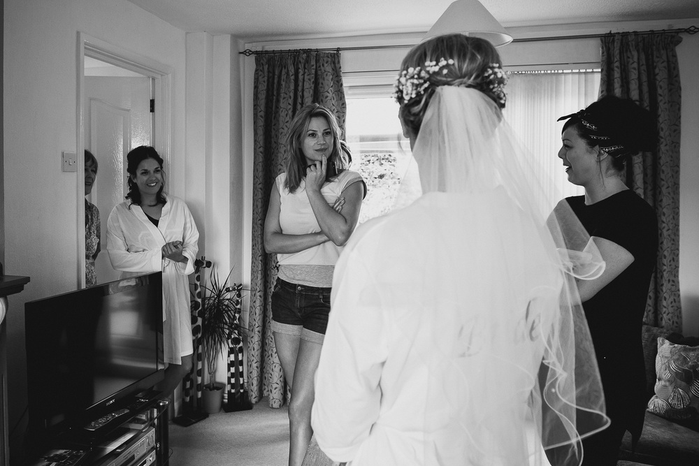 first look bride getting ready