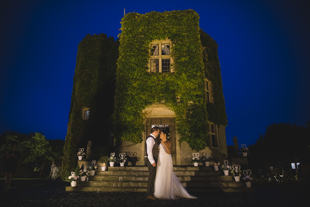 Somerset-wedding-photographer-walton-castle-clevedon.jpg