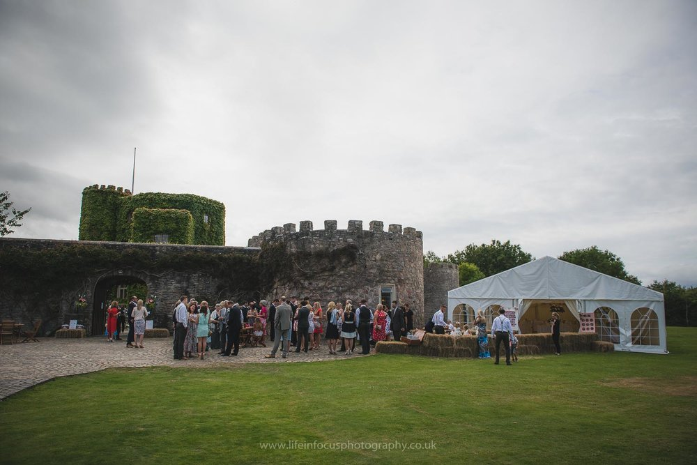 walton-castle-wedding-photographer-bristol-5.jpg