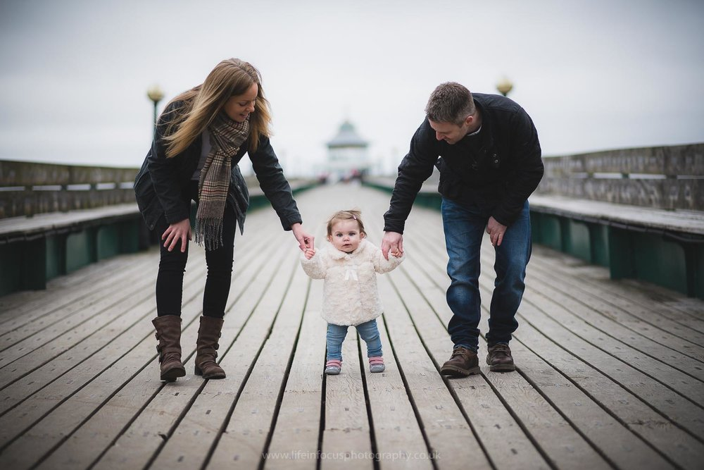 clevedon-pier-family-photo-session-3.jpg