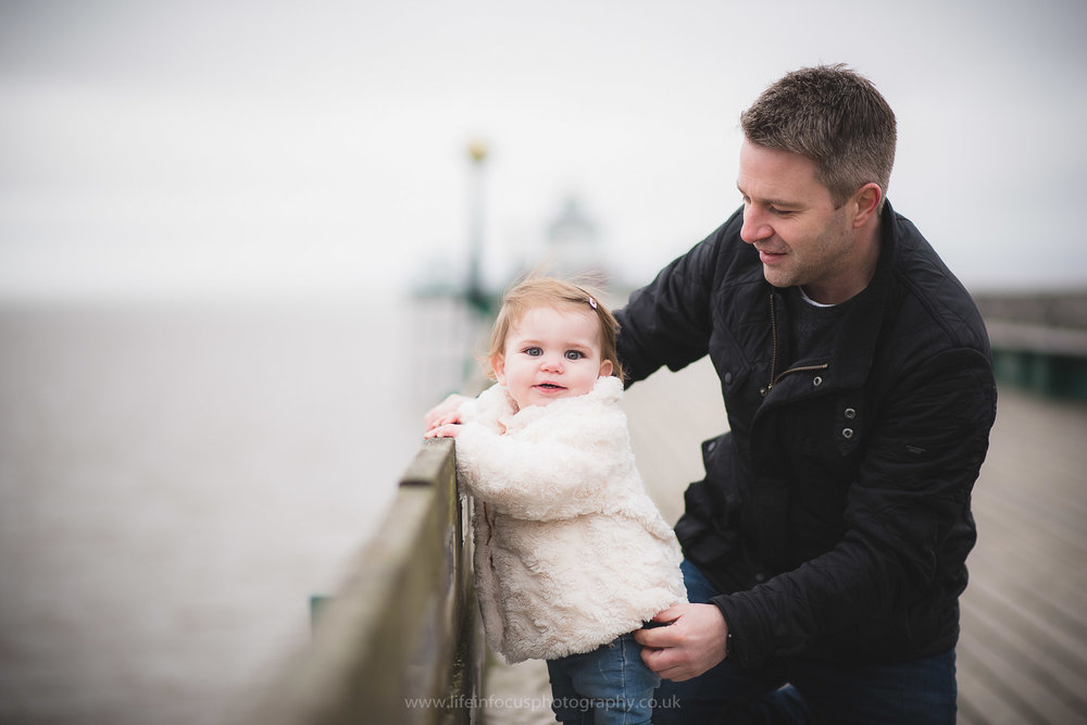clevedon-pier-family-photo-session-5.jpg