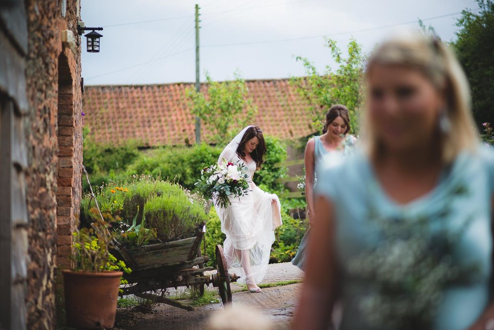 documentary-wedding-photographer-16.jpg