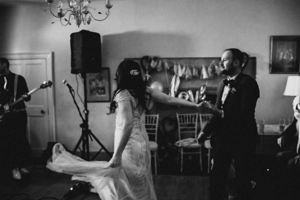 best-wedding-photographer-in-bristol-32.jpg