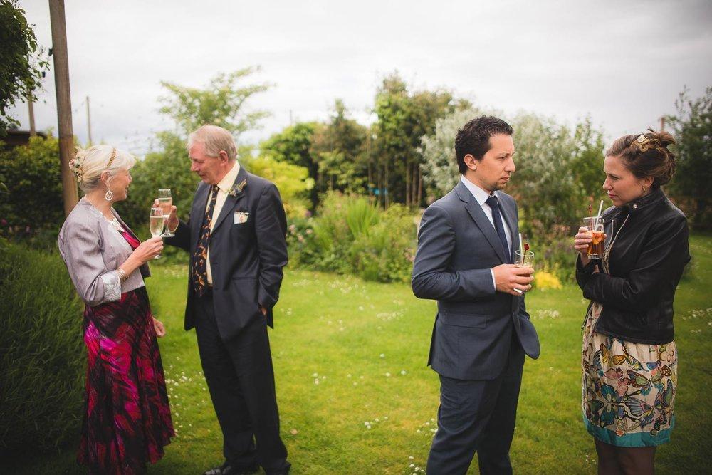huntstile-organic-farm-wedding-photography-3.jpg