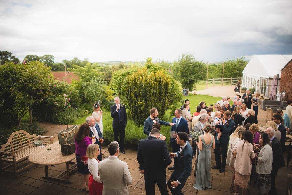 huntstile-organic-farm-wedding-photography-5.jpg