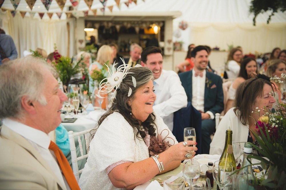 huntstile-organic-farm-wedding-photography-15.jpg
