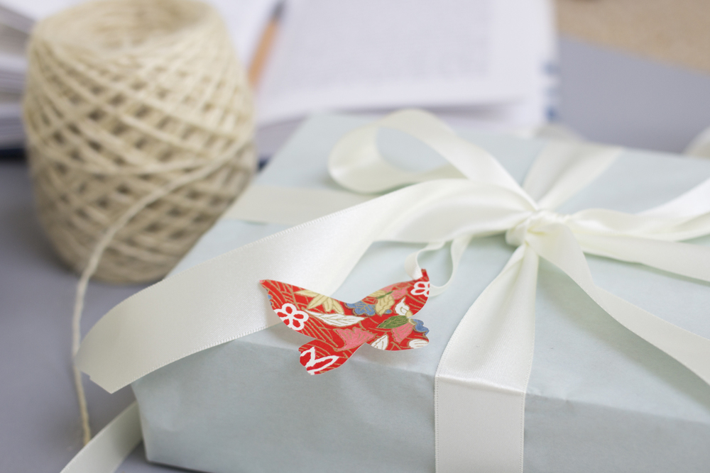 Eloise Hall Gift Wrap