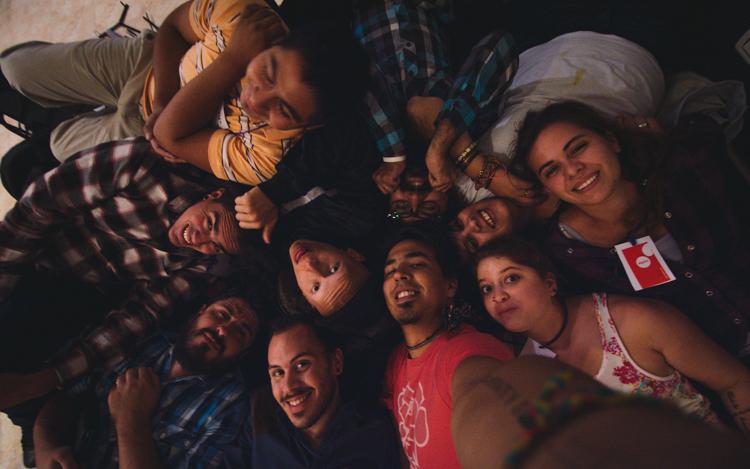 ¿Quién puede hacer el selfie grupal más grande de Alpha?