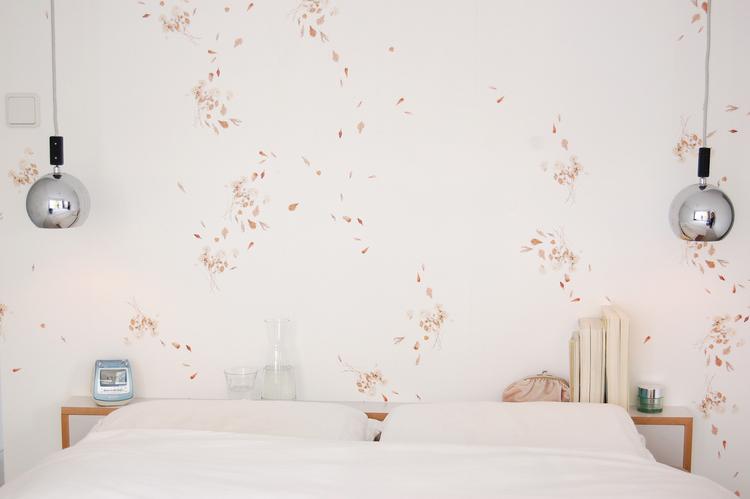 Herbarium at Home wallpaper | Gust of Wind — Studio Thomas Voorn