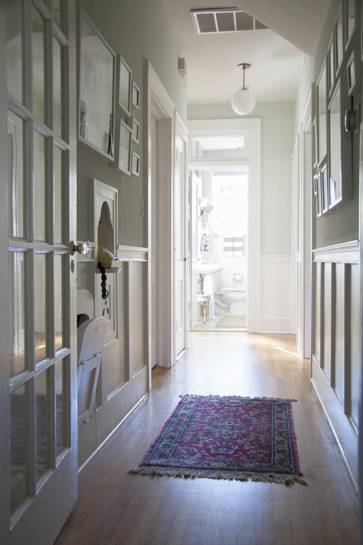 amy_lind_hallway_02.jpg