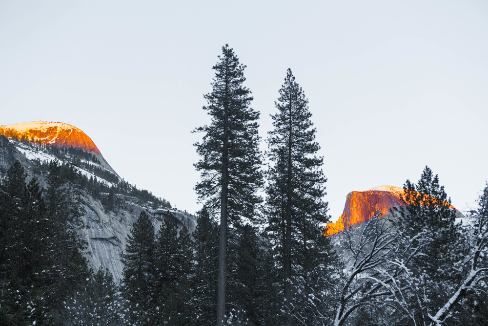 007_Sunset_over_yosemite_.jpg